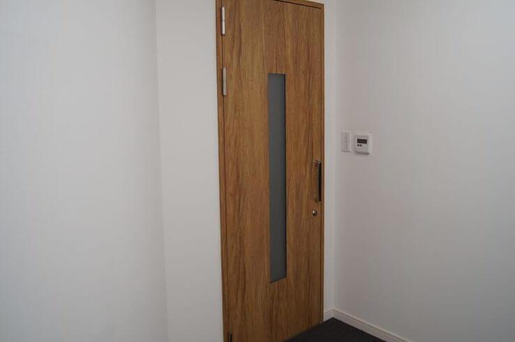 防音ドア「Guardian2」窓(すりガラス)特注サイズ 鍵付 シート仕上