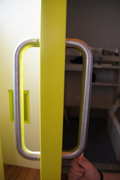標準ハンドル:色シルバー
